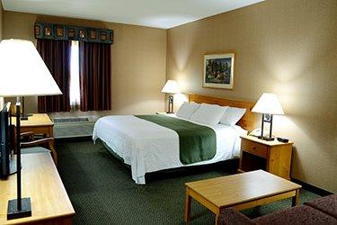 https://hotel.kewadin.com/st-ignace